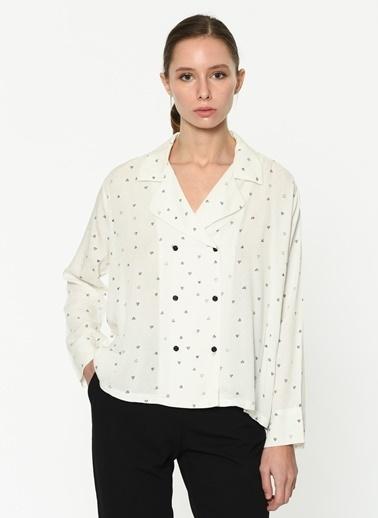 Twist Kalp Desen Anvelop Kapama Gömlek Beyaz